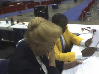 Head referee Gerrie at work.